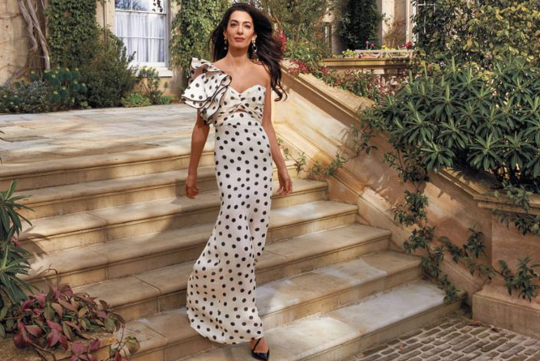 Why we should adore Amal Clooney's fashion style and sense.