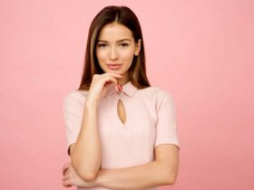 9 body language tips to attract and make people stay with you