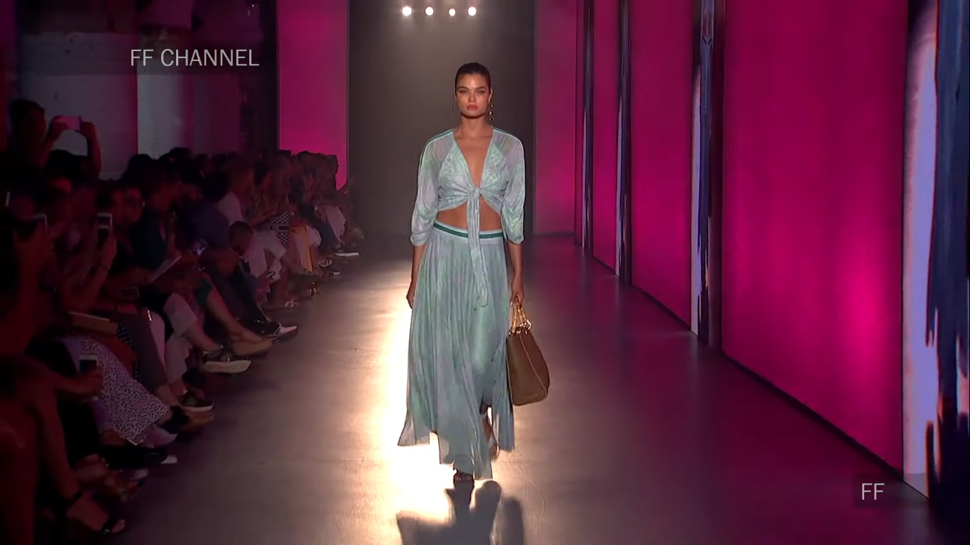Maite by Lola Casademunt | Spring Summer 2020 by *** | Full Fashion Show in High Definition. (Widescreen - Exclusive Video/1080p - 080 Barcelona Fashion Week) Paddy Conn - Young Dream/Open Up Your Eyes/Wildflowers