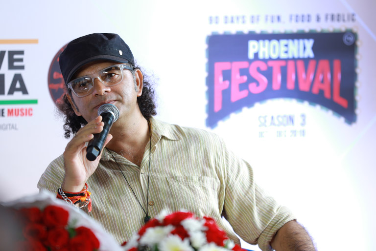 Mohit Chauhan launched Phoenix Festival at Phoenix Marketcity, Bangalore
